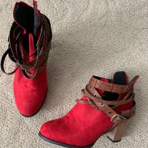 Shoes - Size 39 Red Zip Boots with straps